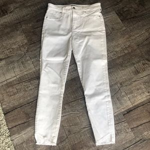 Abercrombie and Fitch white jeggings size 4